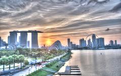 marina bay (clemontz) Tags: marina 35mm bay nikon singapore d300