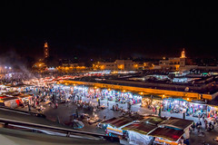 Jemaa el-Fna (sidcamelot) Tags: place lumire morocco maroc contraste foule fte ramadan nuit afrique ambiance jemaa elfna