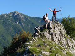 Sulla cresta di Vallemagna (Emanuele Lotti) Tags: italy mountain montagne trekking italia hiking tuscany monte toscana tosco montagna nero emiliano monti appennino cresta escursionismo escursioni balzo limano memoriante vallemagna