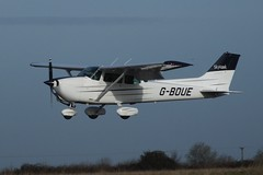 Cessna 172N Skyhawk G-BOUE (Old Buck Shots) Tags: keith sowter gboue egsv