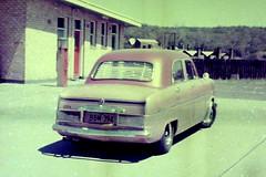 @ 1955 Ford Zephyr Mk 1 Custom (3) (LoxPix2) Tags: loxpix hondan600g austina30 hondas600 hondas800 bmw318is coupe benz c200 sports kompressor amg merecedes ford falcon xl xk futura wolseley 2480 humber supersnipe ml320 landrover sd1 rangerover discovery jaguar xjs he xd toyota hiace volvo 245gl landau rambler rebel citroen id19 turbo zephyr mk 1 datsun 180b transit coupe9