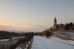 Zimní vinařská krajina (monty1511) Tags: landscape nature naturephoto canon sunset sky river labe elbe confluence snow castle