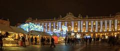 Toulouse, 20 décembre. (PierreG_09) Tags: toulouse hautegaronne midipyrénées occitanie ville lumière illuminations noël placeducapitole marchédenoël capitole