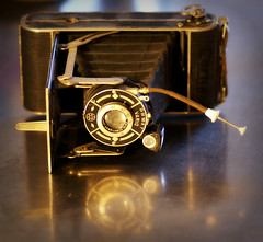 Granddad's camera (Jaedde & Sis) Tags: vario agc vintage folding camera old challengeyouwinner cyunanimous friendlychallenges challengefactorywinner unanimous thechallengefactory perpetualwinner