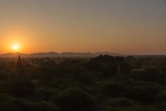 Sunrise in Bagan (davidthegray) Tags: bagan myanmar sunrise buddhist temple pagoda birmania burma pagan paya stupa zedi ပုဂံ mandalayregion myanmarburma mm