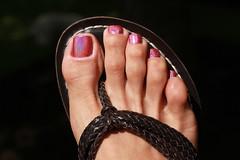 Shock (IPMT) Tags: pink sexy feet foot toes miami painted rosa polish sparkle barefoot shock barefeet pedicure woven legend bernardo sandal toenails shimmer toenail holographic holo rosado pedi