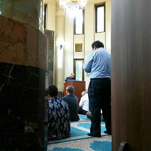 Jum'ah Prayer (Sholat Jum'at) - As usual, every friday we Muslims in pyongyang do Jum'ah prayer at the Ar Rahman mosque in Iran embassy. The khatib is an Egyptian who works for Koryolink. - #pyongyang #northkorea #dprk #korea #koreautara #photography #fot