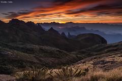 Serra dos Órgãos (Waldyr Neto) Tags: mountains sunrise amanhecer montanhas parnaso açu dedodedeus serradosórgãos cloudsstormssunsetssunrises