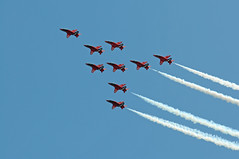 DAS 28236 (kgvuk) Tags: aircraft devon redarrows dawlish dawlishairshow dawlishairshow2014