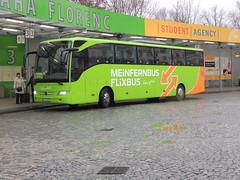 DSCN5472 Gradliner e.K. Inh. Slavko Rezo, Isernhagen H-R9007 (Skillsbus) Tags: buses coaches czechrepublic germany flixbus meinfernbus gradliner mercedes tourismo
