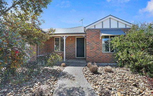 1/11 Michael Court, Grovedale VIC