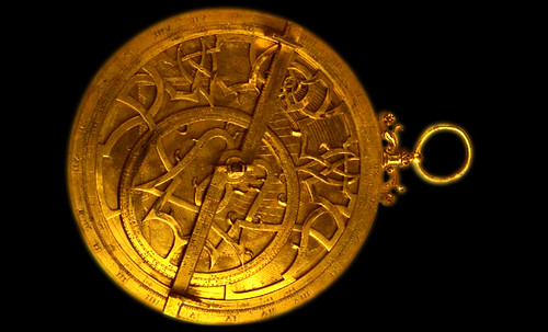 "Astrolabios, ubicantes de estrellas guía • <a style=""font-size:0.8em;"" href=""http://www.flickr.com/photos/30735181@N00/31797721913/"" target=""_blank"">View on Flickr</a>"