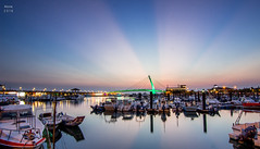 漁人碼頭 夕陽霞光 (啊痛) Tags: taiwan tokina1116f28 canon city clouds 600d 台灣 淡水夕陽 漁人碼頭 landscape landscapes light 霞光