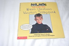 How Alone 2 Lost In New York: Kevin's Christmas Vacation Scrapbook (jadedoz) Tags: home alone 2 lost new york kevin macaulay culkin scrapbook book vintage 90s 1990s christmas vacation holiday scholastic kevins