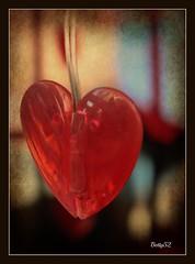 cuore...... (explore ) (Betti52) Tags: cuore rosso post04022017
