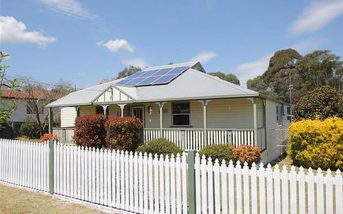 83 Martin Street, Tenterfield NSW 2372