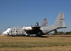 01261 Lockheed C-130E Hercules US AIr Force (Keith B Pics) Tags: amarg tucson dm davismonthan keithbpics stored c130 hercules lockheed herc masdc usaf c130e 01261 701261 airmobilitycommand popeafb 43aw