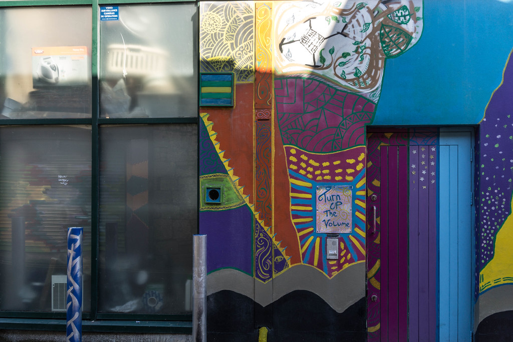 STREET ART [LIMERICK] REF-105100