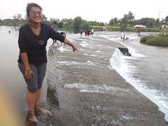 IMG_20150602_174414 (umakant Mishra) Tags: mysore krsdam karnatakatourism manmadewaterfall kaveririver balamurifalls yedmurifalls mysoresightseeing umakantmishra