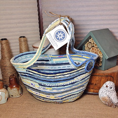 "iMedium Market Tote Basket #0694 • <a style=""font-size:0.8em;"" href=""https://www.flickr.com/photos/54958436@N05/18864522410/"" target=""_blank"">View on Flickr</a>"