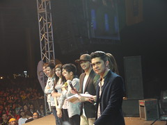 vhong, billy and the one of the winning groups (WriteAwaybyKarylle) Tags: people anne one dance mod dj kim teddy vice mel crew polly knight billy ganda navarro showtime jugs cory crawford tita kuya abscbn curtis bobet movers ksa direk itsshowtime feliciano corpuz watawat furne karylle vhong jugueta madlang jugsteddy