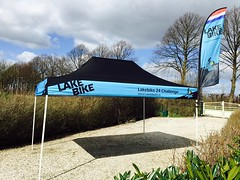Quick Folding Tent - Tent met beach flag