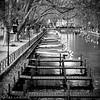 Annecy (Alice Levasseur) Tags: black white blanc noir boat water annecy pont allée