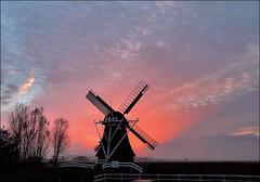 Westerhornermolenpolder (TeunisHaveman) Tags: ngc molen grijpskerk westerhorn zonsondergang polder poldermolen
