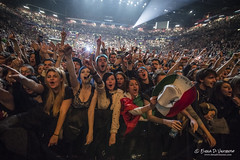 GREEN DAY live at Mediolanum forum in Milan on January 14, 2017 © Elena Di Vincenzo-10 ((Miss) *Elena Di Vincenzo*) Tags: elenadivincenzo billyjoeamstrong greenday greendayelenadivincenzo greendayforum greendaymilano livemusic treecool xlrepubblicagreenday poppunk greendaytour mikedirnt jasonwhite dookie dookiegreenday americanidiot revolutionaryradiotour2017 revolutionarytourgreenday elenadivincenzofoto xlrepubblica
