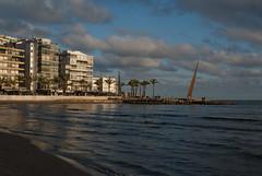 Plage Cambrils, Espagne (stephaniedarriet) Tags: plage sable ciel immeuble architecture mer nuage littoral calme eau rivage