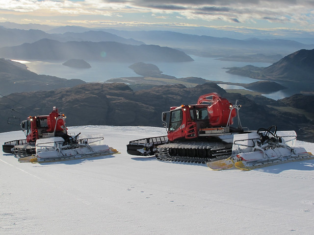 Groomers of Easy Rider - Treble Cone, Wanaka NZ (September 8, 2014)