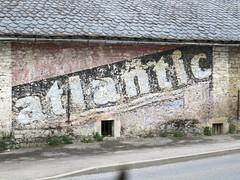 12- Onet-le-Chateau, publicité Atlantic (Vincent Prdm) Tags: atlantic publicité ancienne murale onetlechateau