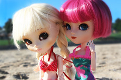 Beach Day ✿ADAW 27/53✿ (Antique Wolf) Tags: cute beach toy dorothy toys photography photo amazing nice sand doll dolls eyelashes sweet antique air barbie adorable retro pullip rement rovam obitsu rewigged adaw ♡✿antique✿wolf✿♡