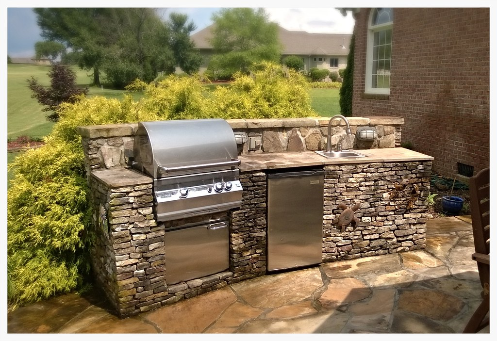 Custom Fire Magic Outdoor Kitchen, East Brainerd, TN
