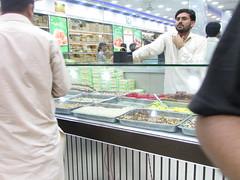 Nazimabad Chowrangi Chand Raat 2015 (Street_Guy) Tags: 2 underground no shops karachi ahmed mullah chowrangi nazimabad halwai rizvia