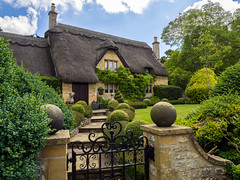 """""""Chocolate-Box"""" Cottage, Chipping Campden (Bob Radlinski) Tags: chippingcampden england europe gloucestershire greatbritain uk travel"""