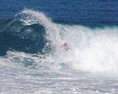 _N7A1862_DxO (dcstep) Tags: volcompipepro worldsurfleague bonzaipipeline bonsaipipeline northshore oahu hawaii canon5dmkiv ef500mmf4lisii ef14xtciii handheld allrightsreserved copyright2017davidcstephens surfing contest tournament ocean waves pipeline barrel copyrightregistered04222017 ecocase14949772801