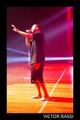 MC Marechal (victorrassicece 3 millions views) Tags: show brasil canon américa musica hiphop rap goiânia goiás 6d colorida américadosul musicabrasileira 2015 mcmarechal 20x30 canonef24105mmf4lis centroculturaloscarniemeyer rodrigovieira canoneos6d paralelodamusica