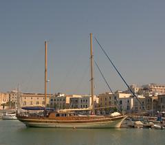 Le bonheur d'être en mer (moscouvite) Tags: voyage mer bateau italie apulia sonydslra450 heleneantonuk