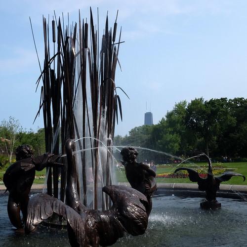 Fountain in Lincoln Park