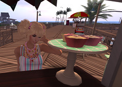 Falling into temptation isn't necessarily weakness (Teddi Beres) Tags: life summer silly cute girl smile hair necklace cafe funny starfish jewelry sl blonde second snacks