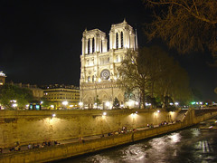 Cathdrale Notre-Dame (Gijlmar) Tags: paris france church night frankreich europa europe iglesia kirche frana chiesa igreja noite frankrijk prizs francia nuit glise kerk notte francie parijs pars kostel parigi avrupa koci pary  esglsia francja franciaorszg    biseric