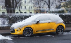 got snow (try...error) Tags: sony nex 5n schnee citroen ds ds3 gelb yellow wien vienne vienna