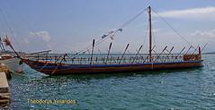 Αργώ - Argo (teogera) Tags: hellas greece thessaly magnesia volos argo ship row ελλάδα θεσσαλία μαγνησία βόλοσ λιμάνι αργώ πλοίο αργοναύτεσ ιάσων ιάσονασ jason olympus e330 zuiko f35561445mm archaeology warship rowship