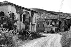 Koresteia #13 - Kranionas #12 (CyberDEL1) Tags: μακεδονία ελλάδα κορέστεια κρανιώνασ macedonian macedoniatimeless macedonia macedoniagreece greece hellas koresteia kranionas decacy abandoned ruins samsungnx1 samsungnx1650228s
