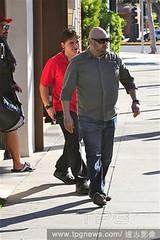Prince Michael Jackson is on South Beverly (ppb.galeria) Tags: michaeljackson thejacksons parisjackson paparazzi parishilton losangeles