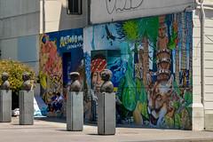 Mural @ El Cité Las Palmas, Barrio Yungay, Santiago, Chile (takasphoto.com) Tags: america americas américadelsur art arturbain arte artecallejero arteurbano chile graffiti graffito inca kuns kunst latinamerica mapuche mural nghệthuật photography santiago southamerica southernhemisphere street streetart streetphotography visualart westernhemisphere искусство стритарт уметност אמנות אמנותרחוב فن فنالشارع هنر هنرخیابانی कला ศิลปะ アメリカ アート サンチアゴ サンティアゴ サンティアゴ・デ・チレ ストリートアート ストリートスナップ チリ ビジュアルアート ファインアート ラテンアメリカ 南アメリカ 南米 南美洲 智利 美術 艺术 芸術 造形芸術 미술