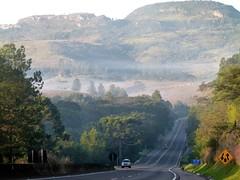 (IgorCamacho) Tags: road autumn winter mountain fall paran beauty misty fog brasil landscape perspective paisagem southern estrada perspectiva beleza neblina inverno outono serradocadeado outoo