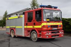 Caterpillar Desford - R653UUT (matthewleggott) Tags: rescue fire leicestershire caterpillar sabre service dennis desford r653uut