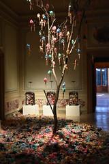 Venise - Biennale Art Contemporain - (Smoke-Head Photography) Tags: tree art grave nikon italia dolls muse exposition mass biennale venise venezia arbre couleur italie poupe contemporain multicolore pendaison charnier d5500 pendue